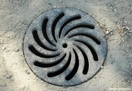 Decorative manhole cover Paris